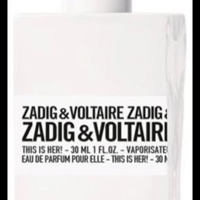 """Sælger denne Zadig et Voltaire Parfum ( Parfume )   """" This Is Her ! """"  100ml   Har haft den i 1,5 måned  Æske haves til den  Har kun sprøjtet et strint med den for at dufte den, hvoraf jeg fandt ud af at den ikke var mig. Hvor jeg har prøvet at beholde den i troen om at ville bruge den... Jeg sælger den så grundet, at jeg fik den i gave uden kvittering...   Nyprisen er: 720kr!  Min Mp: BYD!    OBS:‼️ sælger lige nu - billigt - ud af en masse forskelligt mærketøj, tjek det ud! 🔆 🍒"""