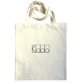 Mulepose/net/totebag  Kiddo, findes i både sort og naturfarvet :)  For mere tøj, følg insta @kiddowear, der bliver løbende mere content :)