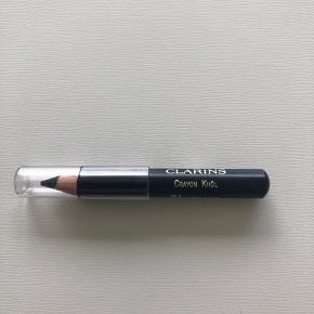 Clarins eyeliner i 01 carbon Black - aldrig brugt.