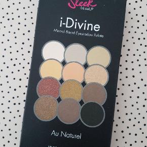 Sleek Makeup øjenskygge palette i farven Au Naturel. Aldrig åbnet. Sælges for 30 kr. pp.