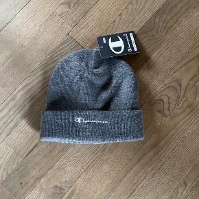 Champion hat & hue