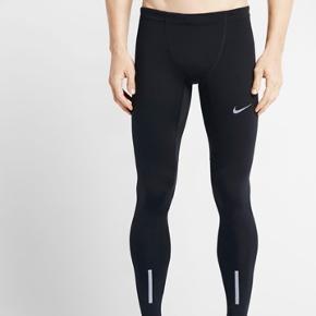 Nike power tech tights Sort Str m Aldrig brugt Købspris 500kr  Byd..