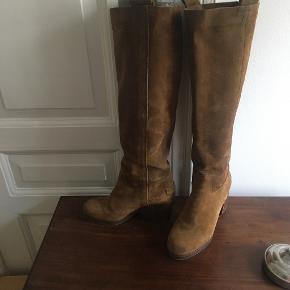 Shabbies støvler