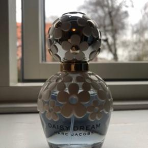 Daisy Dream 💙 50 ml.  Brugt mindre end 10 ml.