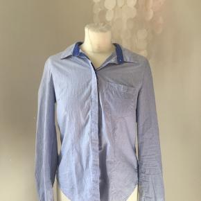 Klassisk skjorte. Mp 100 inkl fragt