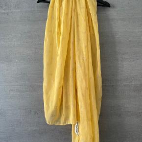 NAF NAF tørklæde