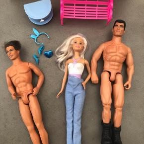 Blandet Barbie   75 kr samlet