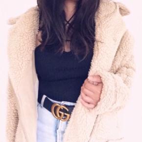 Fleece jakke i khaki farven