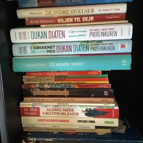 Bøger om sundhed m.m.   Nogle nye andre brugte.  Skriv hvis du er interesseret i en bog, prisen er helt i bund. 😊