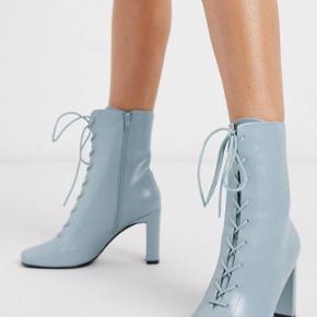 Fine blå støvler fra ASOS design, aldrig brugt