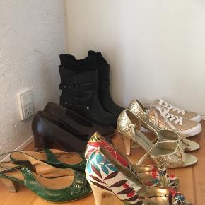 Nogle af skoene er ubrugte - sælges samlet 150 kr