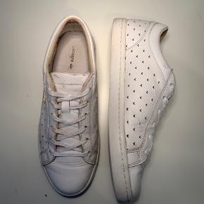 Lacoste Kvinde Straightset Sneaker Str. 39 Cond 6 Ingen OG  NYPRIS 1245kr