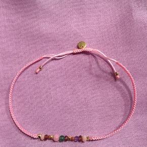 Candy bracelet fra Stine A i pink. Helt nyt, aldrig brugt. Uden prismærke, da det var en gave.