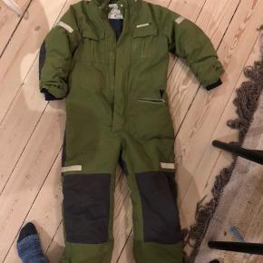 Cool flyverdragt brugt af dreng, men kan sagtens bruges af piger.  Brugt en sæson. Skal afhentes på Østerbro.  Nypris 900kr