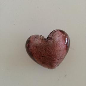 3x3 cm glas hjerte 10 kr