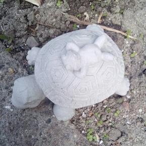 Skildpadde lavet i beton
