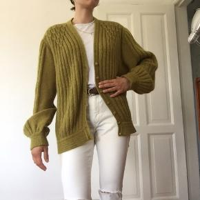 High quality Vintage sweater  Little pearls on the shoulder area 70% mohair  30% nilon  Fits for size 36/38/40 🌞you can try in Amma Copenhagen 🌞 I'm 165cm, size: 36