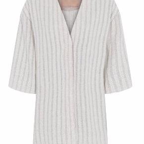 Gustav kimono