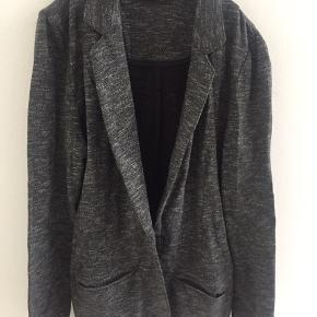 Fed sweat blazer /cardigan  Sælge og baggy bukser der passer perfekt til. Stor i størrelsen