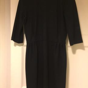 Flot kjole i uld. Perfekt til vinteren!