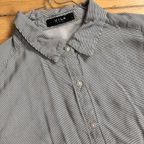 VILA skjorte