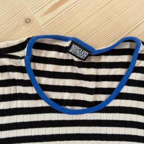 Fin trøje str. m Mp:50kr
