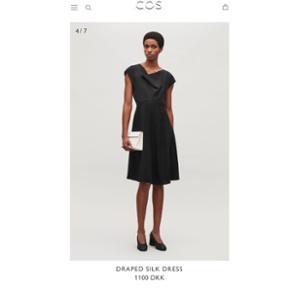 Super fin kjole fra COS. 100% silke. Np: 1100,- Aldrig brugt. Kan prøves/afhentes på Frederiksberg eller Amager.