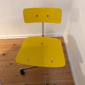 Kevi kontorstol. Har 10 stk i alt. Samlet pris for alle 10 er 3500kr