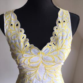 Super sød kjole i str 36/UK8