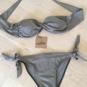 Brand: Outfitter Varetype: Bikini Farve: Bronze  Flotteste bikini.