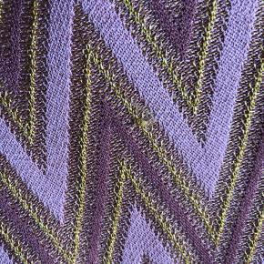 Sælger min smukke nederdel fra Second Female. Da den er strikket er der små trådudtræk hist og her - det kan desværre ikke undgåes. Np 900