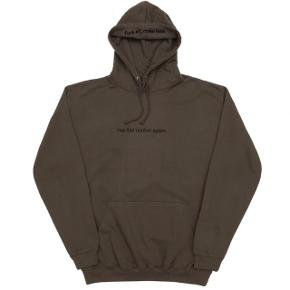 Udsolgt F.A.M.T hoodie  Cond 9/10  Np. 599kr Mp. 279kr Str. X-small men passer også smal  Oversize fit Se billeder på seneste post