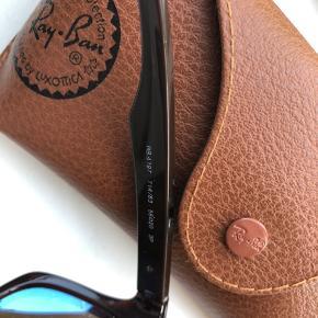 Polaroid solbriller fra Rayban - fejler intet :-)