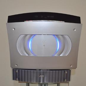 JVC minianlæg. VS -DT7R compact component system. Anlæg med CD afspiller som også kan hænges op på væggen. Alt på billedet medfølger.  Afhentning på Frederiksberg 2.sal