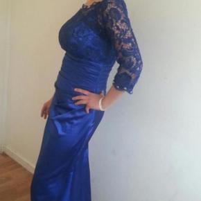 Lang elegant kjole, str 38, brugt en gang