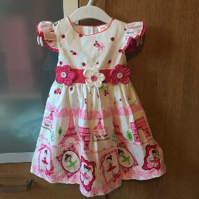 Laura Ashley kjole