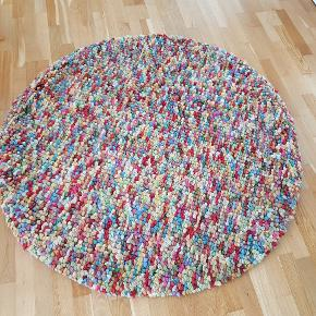 Kugletæppe D = 140cm Pure New Woolpile. Brugt , Se billederne