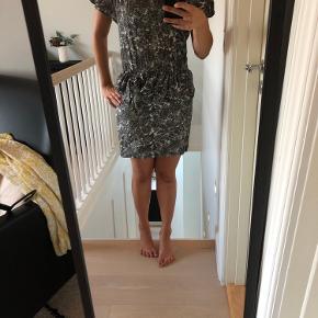 Fin ganni kjole str S - byd 🌼
