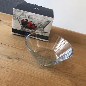 4 stk glasskål fra Rosendahl serien GRAND CRU - Ø 15 cm. Nypris 169 kr. kan afhentes på Nørrebro