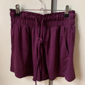 Fabletics shorts