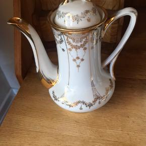 Ældre porcelæns kaffekande