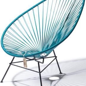 Sælger mine petroleumsblå lænestol fra Acapulco. Den har ikke stået ude.   Afhentning ved min adresse