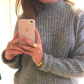 Lækker strik i mohair uld fra H&M Str. S (passer s/m)  NYPRIS: 599kr