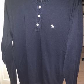 "Langærmet ""t-shirt"". Super behagelig"