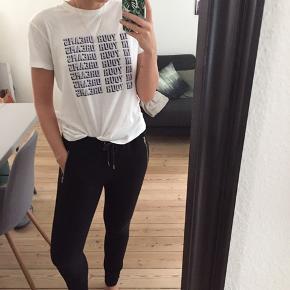 Lækker t-shirt fra Ganni