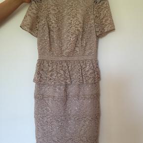 Coast kjole