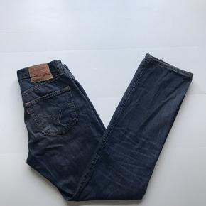 Vintage Levis 501 Mørkeblå Str 31 / 32