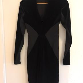 Super fed bodycon dress i velour