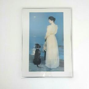 Fin plakat i ramme. 50×70 cm