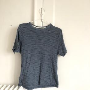 Fin tshirt fra str xs, næsten som ny